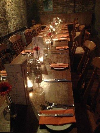 Tristans Bistro: Garden Room laid up for 20