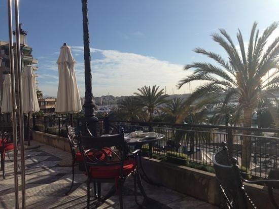 جران ميليا فيكتوريا: view from breakfast