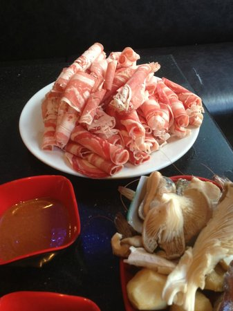 Legend Restaurant Chinese: Our first selection of meats