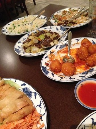 Chinatown Restaurant: really good food! we went back 3 times in 8 days