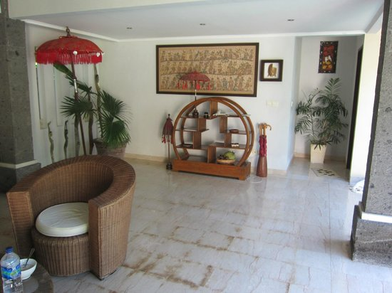 The Buah Bali Villas: Living area