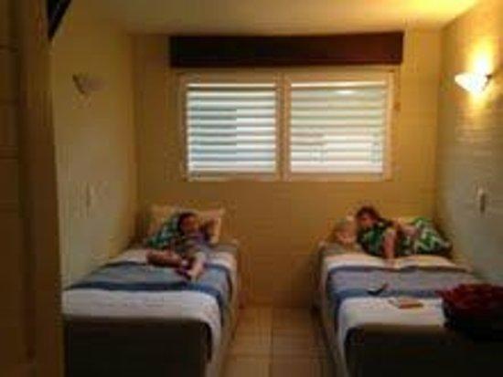 Saks On Hastings: second bedroom