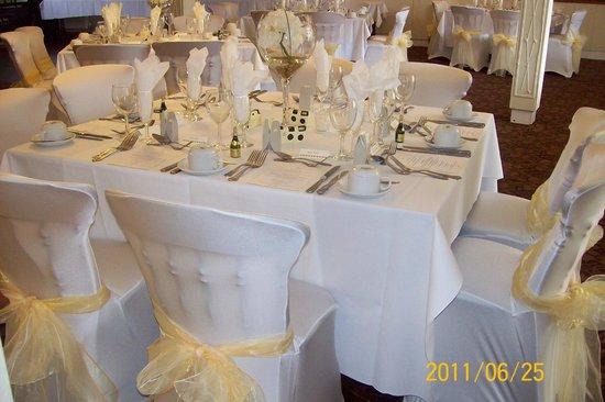Beambridge Inn: Function room set for wedding