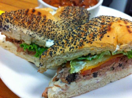 Javaroma Gourmet Coffee & Tea: Great sandwiches....
