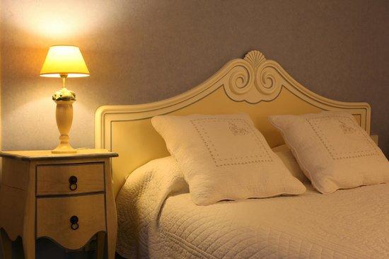 Villa Des Impressionnistes : Lit Chambre Double