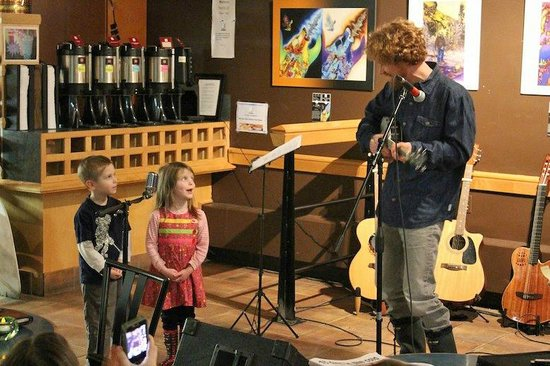 Javaroma Gourmet Coffee & Tea: Children's music night often includes young performers