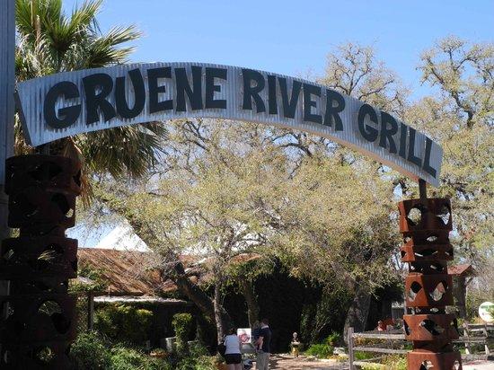 Gruene River Grill : Eingang zum River Grill