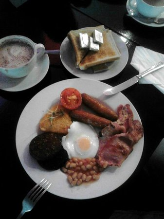 The Market Bar: the excellent all day breakfast!