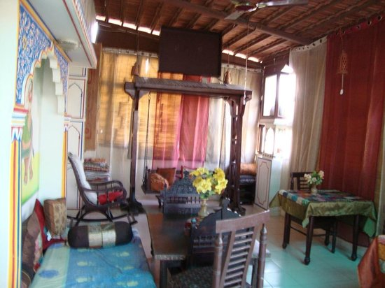 Sunder Palace Guest House: Sit out