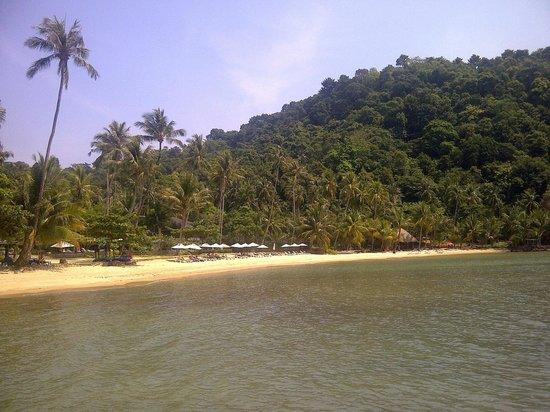 Bailan Beach : A sandy cove