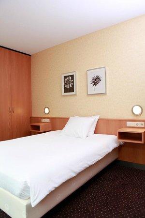 Hotel Aalsmeer: Single Room