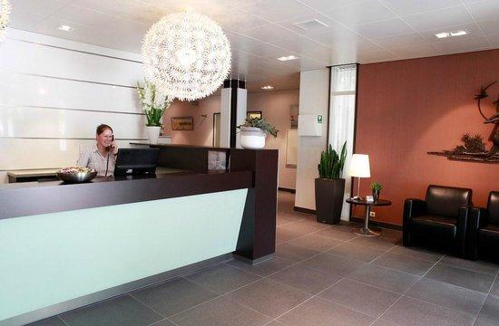 Hotel Aalsmeer: Reception