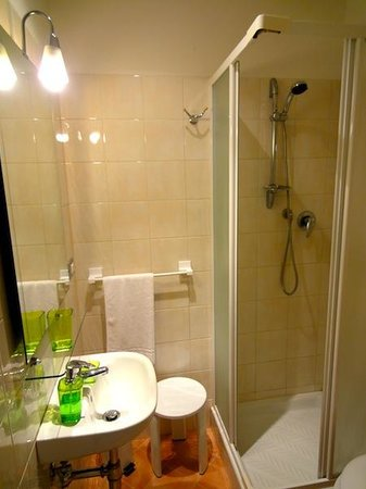 B&B Le Contesse Florence: En Suite Bathroom
