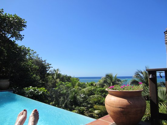 Mayoka Boutique Hotel: view from the sunbed!