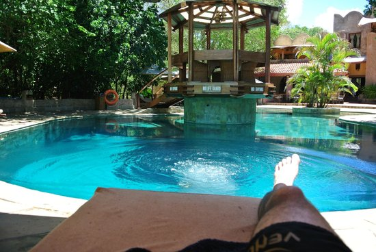 The Sands at Nomad: The hotel's pool