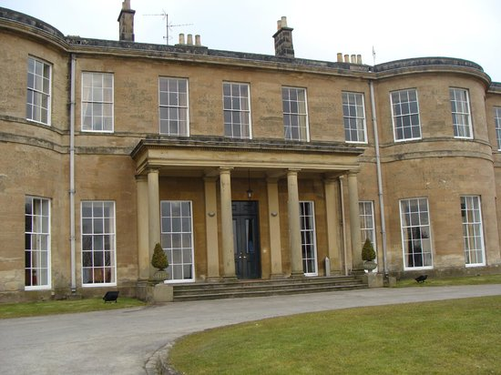 Rudding Park Hotel: Rear view of the property