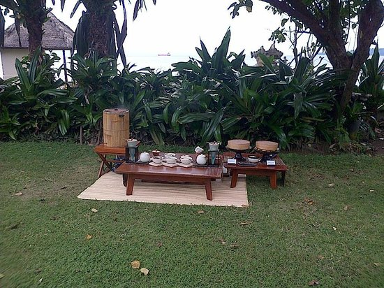 Alila Manggis: tea time by the sea