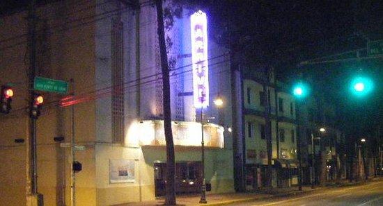 Del Parque Theater