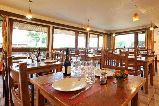 Hôtel balladins Champigny-sur-Marne : Salle de petit déjeuner
