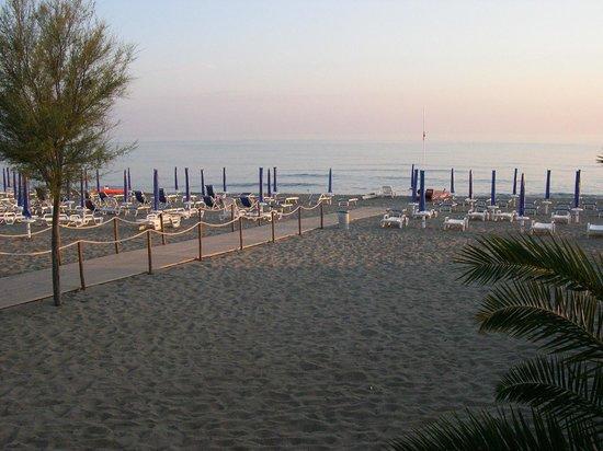 Villaggio Nettuno : mare