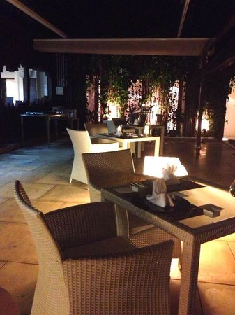 Gaya Island Resort: Fisherman's Cove makes for a romantic dining spot