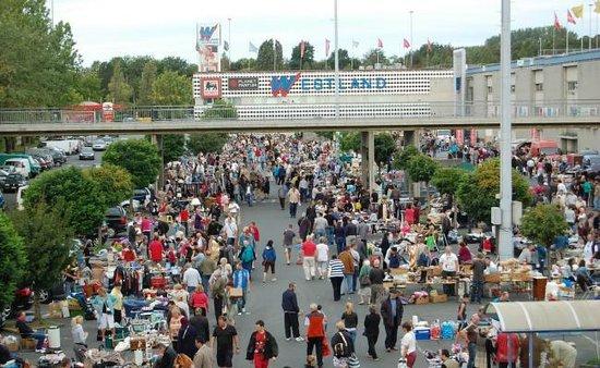 Anderlecht, Belgium: Brocante d'été