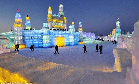 Ice Lantern Wonderland