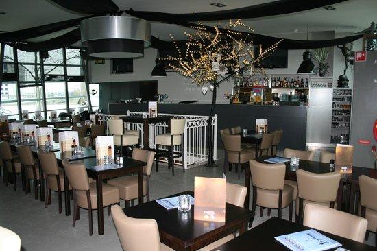 Nieuw interieur - Picture of Grandcafe Hermes, Amsterdam - TripAdvisor