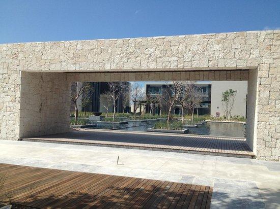 NIZUC Resort and Spa : hotel grounds