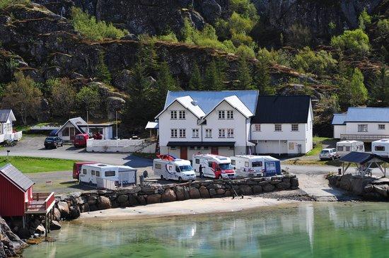 Sandvika Fjord & Sjohus Camping: Overblikk Hovedhus