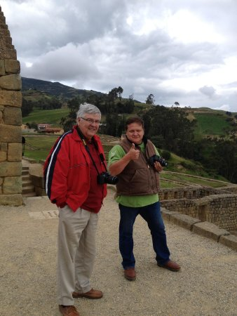 MIO Tours - Day Tours : My husband & Efrain at Ingapirca