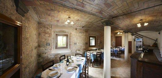 Vezzano sul Crostolo, Italia: sala piano terra