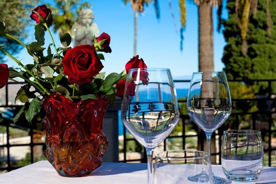 Roses and Glasses by St. George Restaurant