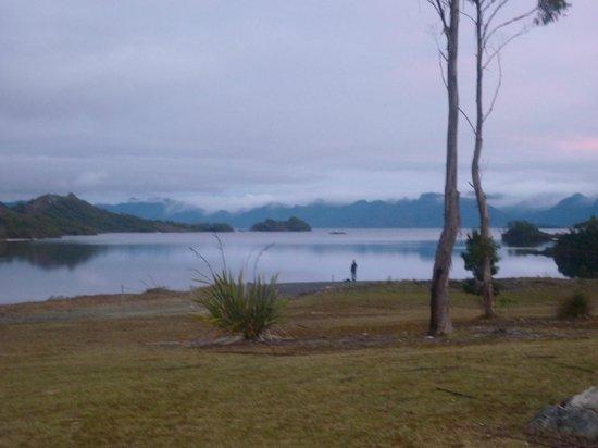 Pedder Wilderness Lodge: Lake Pedder from the Chalet 2