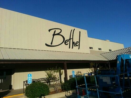 Redding, CA: bethel church