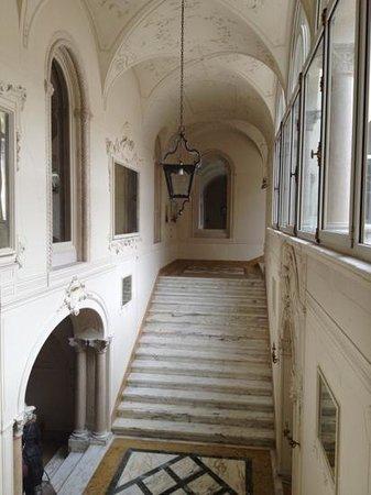 Villa d'Acquarone: ingresso villa