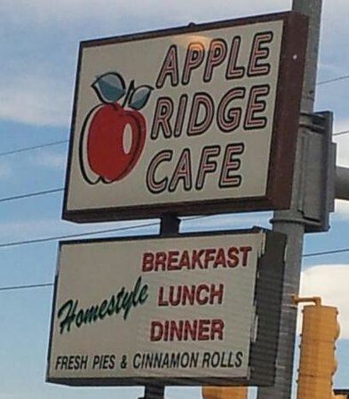 Apple Ridge Cafe : A little out of the way - but worth it!