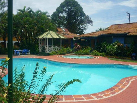 Papagayos Beach Hotel