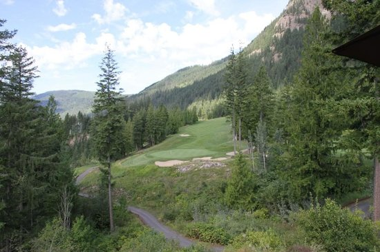 Hyde Mountain on Mara Lake Golf Course