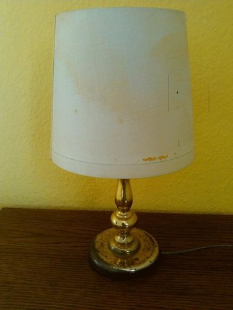 Hotel Havel Lodge: freckige abgegriffene Lampe