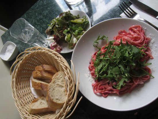 Cafe Balzac: Beet and Feta Tagliatelli