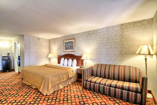 Quality Inn Enola - Harrisburg: KING ROOM