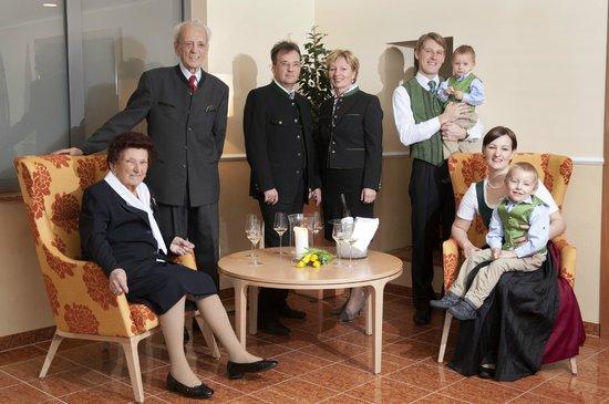 Weinlandhof: Die Familie