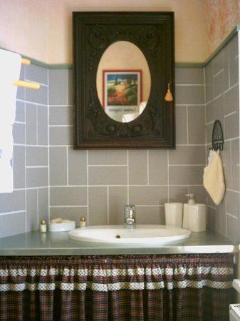 Au Pied des Chaumes : Une des cinq salles de bain