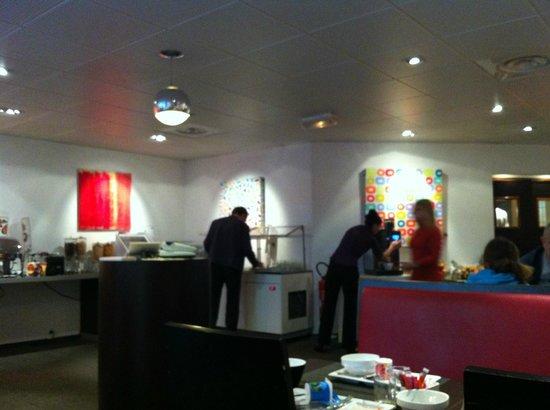 Novotel Atria Nimes Centre : breakfast