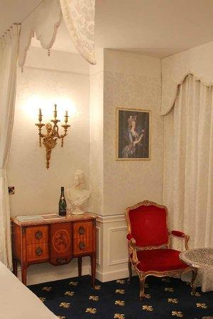 Hotel Negresco: Room