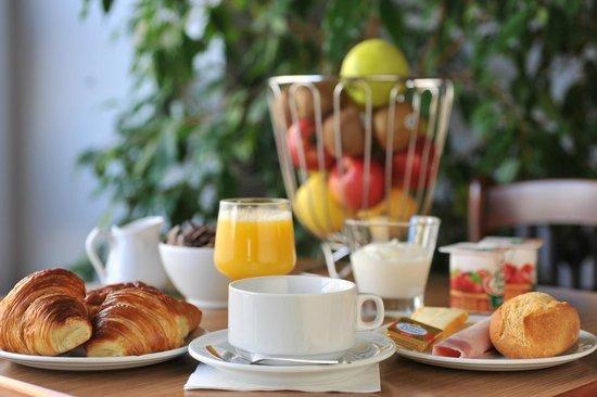 Inter-Hotel Nevers Centre Gare : Petit déjeuner