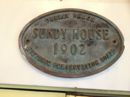 Sundy House: Great old, original house marker