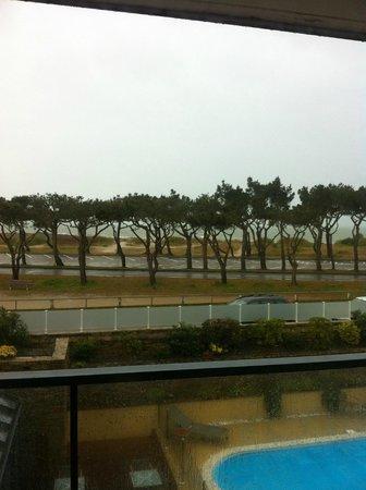 Hotel Le Churchill : straight ahead view - 1st floor
