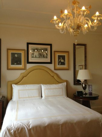 Four Seasons Hotel Firenze: Bedroom